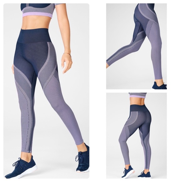 Fabletics Seamless High-Waisted Jacquard Legging